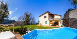 Sant'Agnello Villa Sleeps 9 Pool Air Con WiFi - AbcAlberghi.com
