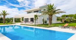Divulje Villa Sleeps 8 Pool Air Con WiFi - Divulje