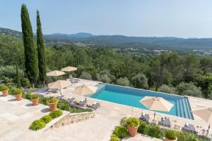 Montauroux Villa Sleeps 14 Pool Air Con WiFi