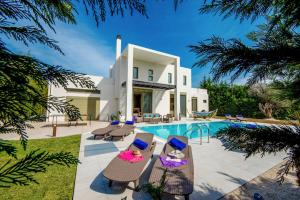 Ialysos Villa Sleeps 8 Pool Air Con WiFi - Pastida