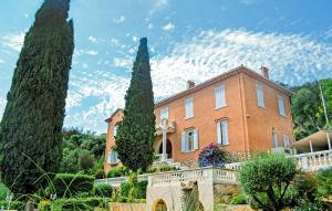 Hyeres Villa Sleeps 10 Pool WiFi - La Decapris