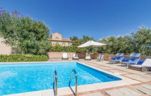 Case Romagnoli Villa Sleeps 9 Pool WiFi - Montemarciano