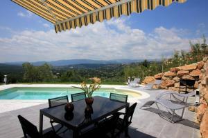 Montauroux Villa Sleeps 8 Pool