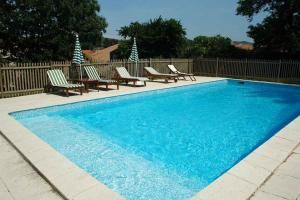 Cascastel des Corbieres Villa Sleeps 14 Pool