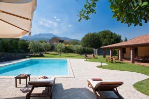 Blandano Villa Sleeps 7 Pool WiFi - AbcAlberghi.com