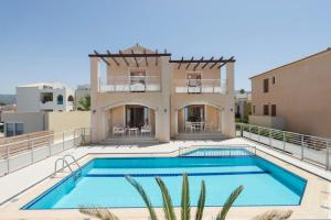 obrázek - Missiria Villa Sleeps 12 Pool Air Con WiFi