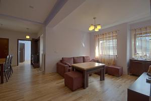 Apartament MONIA