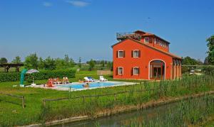 Marina di Cavallino Apartment Sleeps 6 Pool Air Con