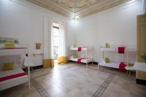 BEAUTIFUL CACTUS ROOM CITY CENTRAL - AbcAlberghi.com
