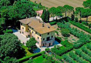 Sant'Enea Villa Sleeps 18 Pool WiFi - AbcAlberghi.com