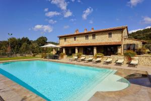 Fonte Sant'Angelo Villa Sleeps 14 Pool Air Con WiF - AbcAlberghi.com