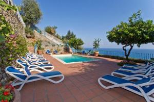 Conca dei Marini Villa Sleeps 12 Pool Air Con WiFi - AbcAlberghi.com
