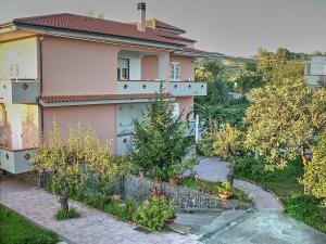 Ascea Marina Villa Sleeps 5 - AbcAlberghi.com