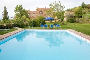 San Quirico dOrcia Villa Sleeps 6 Pool WiFi