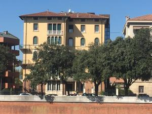 Adige Penthouse - AbcAlberghi.com