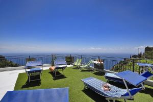 Furore Villa Sleeps 7 WiFi - AbcAlberghi.com