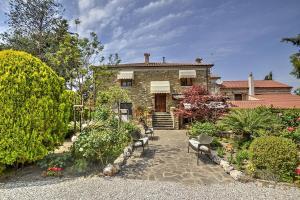 Santa Maria Villa Sleeps 15 Air Con WiFi - AbcAlberghi.com