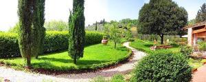 San Gimignano Villa Sleeps 4 Pool WiFi - AbcAlberghi.com