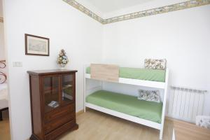 Pupi Catania Etna B&B, Bed & Breakfast  Aci Castello - big - 83