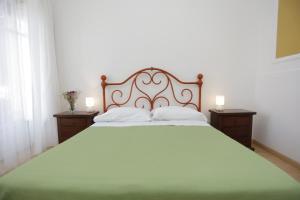 Pupi Catania Etna B&B, Bed & Breakfast  Aci Castello - big - 50
