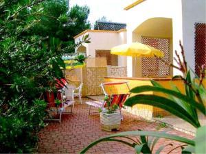 Vieste Villa Sleeps 4 Air Con WiFi - AbcAlberghi.com