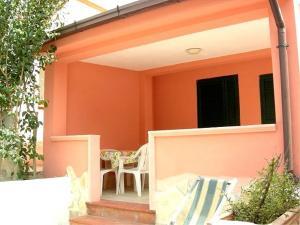 Vieste Villa Sleeps 5 Air Con WiFi - AbcAlberghi.com
