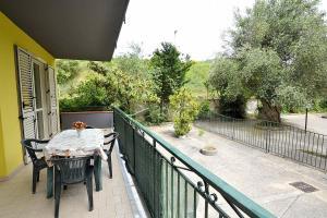 Ascea Marina Villa Sleeps 6 - AbcAlberghi.com