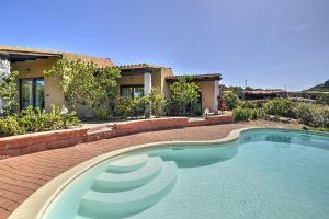Costa Paradiso Villa Sleeps 4 Pool - AbcAlberghi.com