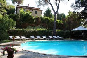 Dolciano Villa Sleeps 4 Pool Air Con WiFi - AbcAlberghi.com