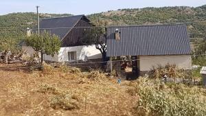 GUEST HOUSE FERO BISHNICE - Quksi