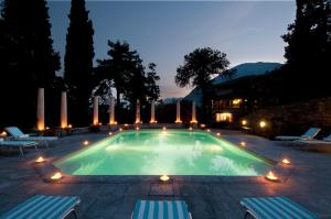 Cascina Ca' Bianca Villa Sleeps 20 Pool Air Con - AbcAlberghi.com