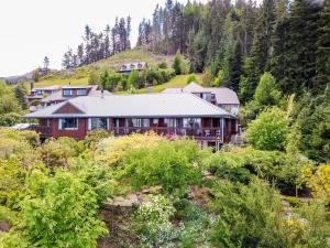 8 on Oregon - Hotel - Hanmer Springs