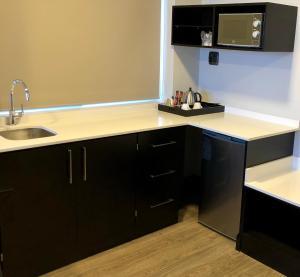 Belaire Suites Hotel, Hotely  Durban - big - 78
