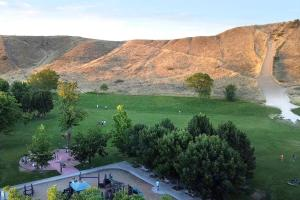 Hyde Park Family Retreat ~ Dog/Kid Friendly! - Hotel - Boise