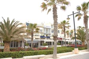 obrázek - Beachfront Patacona Building