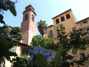 Al Simonelli Ovest Apartment Sleeps 5 WiFi - AbcAlberghi.com
