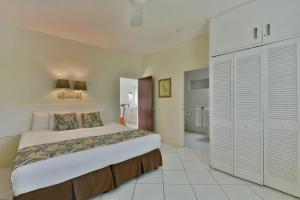 Coconut Court Beach Hotel (9 of 39)