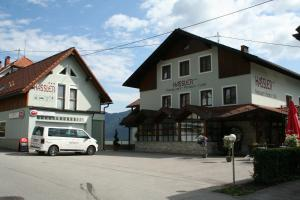 Gasthof Pension - Café Konditorei Hassler - Hotel - Berg im Drautal