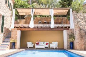 Villa Can Sarales Deia, Villas  Deia - big - 1