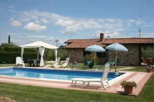 I Bertoni Villa Sleeps 8 Pool WiFi - AbcAlberghi.com