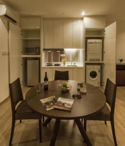 Luxfort 118 Service Suites, Ferienwohnungen  George Town - big - 42