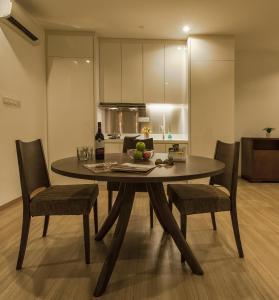 Luxfort 118 Service Suites, Ferienwohnungen  George Town - big - 43
