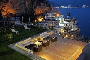 Atrani Villa Sleeps 24 Pool Air Con WiFi - AbcAlberghi.com