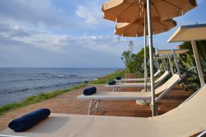Licosa II Villa Sleeps 14 Pool Air Con WiFi - AbcAlberghi.com