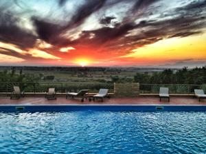 Capaccio Villa Sleeps 23 Pool Air Con WiFi - AbcAlberghi.com