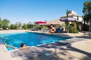Villedubert Villa Sleeps 18 Pool Air Con WiFi