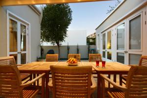 Sea Point Speciality Sleeps 8 Air Con - Green Point