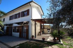 Casa Gherardi Villa Sleeps 4 WiFi - AbcAlberghi.com
