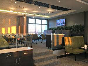 Belaire Suites Hotel, Hotely  Durban - big - 58