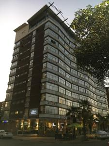 Belaire Suites Hotel, Hotely  Durban - big - 57